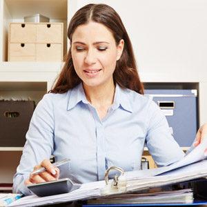 https://vigo.cl/wp-content/uploads/2020/04/vigo-web-nosotros-oficinista-contabilidad-300x300.jpg